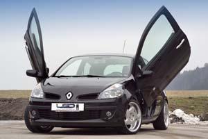 Tu vois, cette Clio peut accélerer quand elle veut